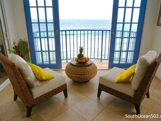 Luxurious beachfront apartment with pool, AC,  breathtaking views, South Coast