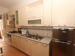 A large and affordable 2 bedrooms apartment near Trastevere Station