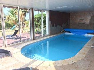 Villa à Moëlan sur Mer, 10-12 p vue mer avec piscine, Finistère sud