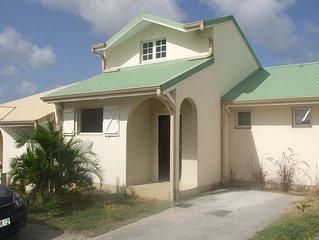 Location saisonnière Sainte Anne - Martinique - Maison récente type F3