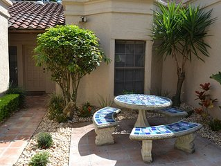 Beautiful Condominium Near All Attractions Located In Prestigious Mission Inn