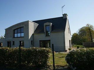 Maison contemporaine entre la Côte  d'Émeraude et la baie du Mont St Michel