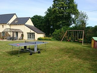 Charmant cottage tout equipe pres  Dinan, Dinard, St Malo, Rennes, Mont-St-Miche