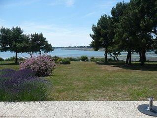 Loue villa d'architecte directe mer Golfe du Morbihan en juillet