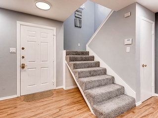 Uptown/Katy Trail Chic & Central With Patio