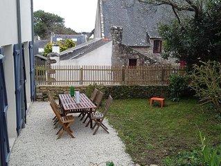 jolie maison neuve à deux pas de la mer dans le village du Monténo.