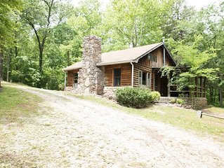 Safe and sanitized, cozy Fireplace, secluded getaway,7 mi to Jasper, Weekly disc