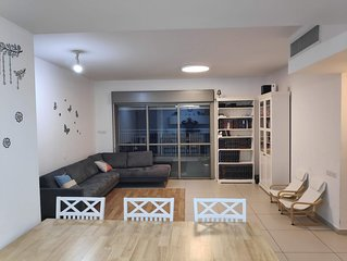 Jerusalem Luxury Apartment for Families and Groups