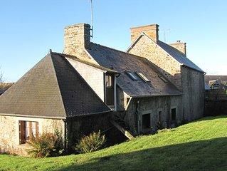 Maison bretonne typique, confort moderne, 11 pers., a 5min des plages