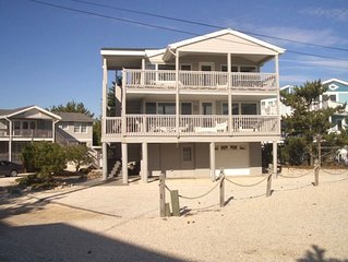 Harvey Cedars 2nd Floor ~w/~ Full Oceanviews, Central ~A/C~SPECIAL PRICING for O