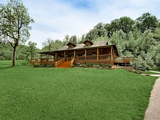 Explore, Play, Relax In This Charming Cabin Nestled Away On Steel Creek