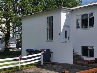 Basement suite apartment in heart of Selfoss