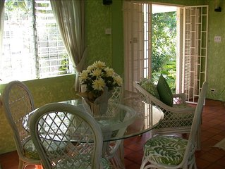 Beautifully Decorated, Tropical Villa - 3 Minutes from Beach