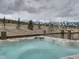 Vista Point Gathering - Hot Tub on Deck with Views