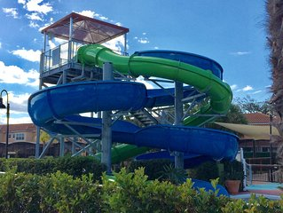 2.5 miles to Disney Gates awaits Regal Oaks w Waterslides/pool and more