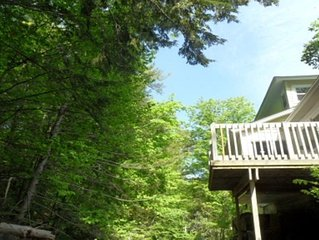 Three Bedroom House Is Located In The Village Of Lake George