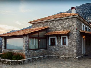 Spacious stone built home with spectacular mountain view v