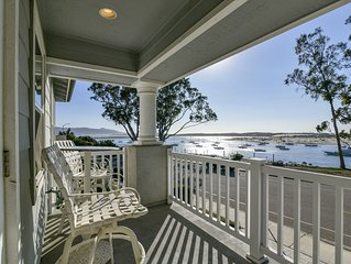 5-Star Luxury Bay front Home! Harbor Views!