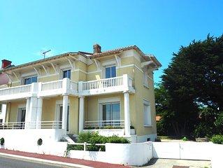 Ravissante villa FACE MER  -  VUE EXCEPTIONNELLE  - PLAGE EN CONTREBAS