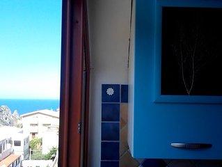 Jolie maison avec balcon