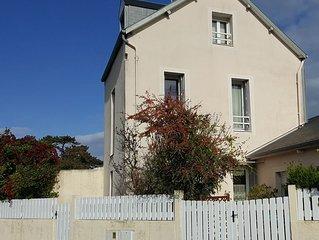 Gîte cosy (5 pers) avec terrasse, 250m de la mer et du jardin Christian Dior