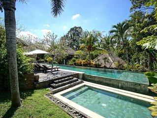 Villa Kanti Ubud - 5 Bedrooms Villa with Private Swimming Pool in Ubud Bali