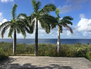 Stunning Oceanfront Villa, Direct Sea Access, Private Reef, Surrounded by Nature