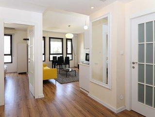 Comforatble 2 bedroom on King David St