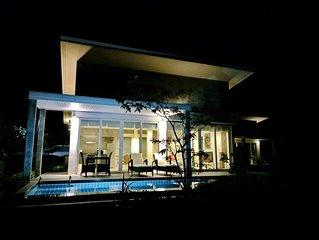Romantic Beach-Front Pool Villa-3