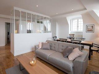 Intra muros vue mer, appartement 100m2, 4 chambres, 8 personnes, parking