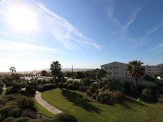 Coastal Oceanfront Desoto Beach Condo with Oceanfront Pool in an ideal location