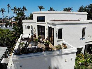 Luxury La Jolla Home with Roof Top Deck Ocean Views