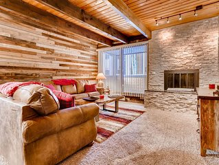 Relax in this Rustic and Comfy Mountain Condo!
