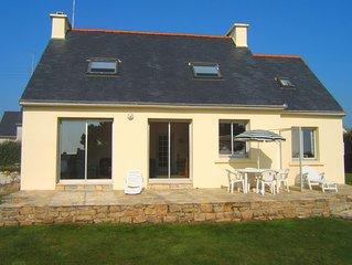 Maison de vacances au calme vue mer panoramique à 100m située à Pors-Poulhan