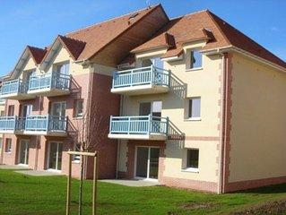 Appart. 3 pièces 53 m2 à Houlgate : prestations haut de gamme, balcon + tennis .
