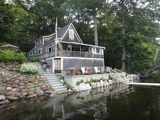Lake Front Cottage in Beautiful Mid-Coast Maine