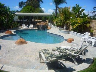 San Diego Dreamin'  -Heated salt water Pool, Hot Tub, Tiki Bar, BBQ, Firepit
