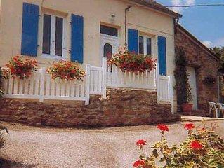 Jolie maison avec terrasse and Wifi