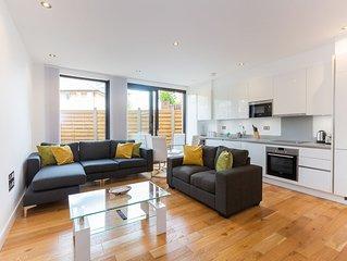 Stylish Three Bedroom Duplex In Maida Vale