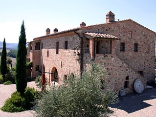 FARMH.PODERE CUNINA 25 KM SOUTH  SIENA IN FRONT  MONTALCINO TAKING COOKING CLASS