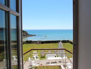 Villa face à la mer, plage de Postolonnec baie de Morgat, charme