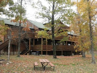 Huge Log Cabin Perfect for Family Reunions & Church/Corporate Retreats