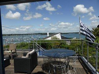 Maison avec vue golfe du morbihan, accès direct au port, grand jardin