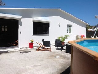 Luxurious Villa, Pool and Large Garden, 80 M to the Beach Petit Macabou
