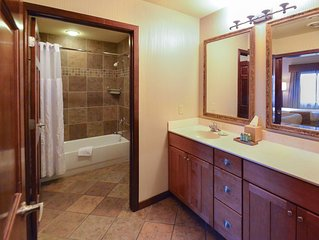 Wyndham Glacier Canyon ~ 2B Deluxe ~Waterpark Fun!  Great For Families! Sleeps 8