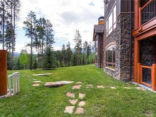 Luxury condo with outdoor pool & hot tubs, hiking & biking trails nearby