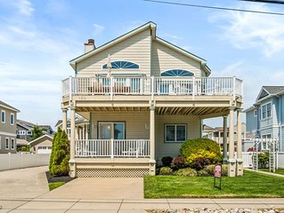 Stone Harbor - 5th Home from Beach (86th St) walk downtown, beach & new pool