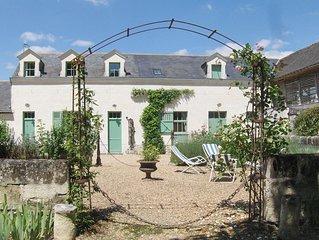 Gite de charme dans propriete du XIXeme au milieu d'un parc boise a Saumur