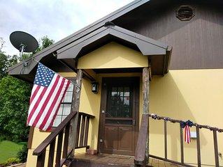 Spring Getaway! - Eagle Creek Cottage -  Pet friendly!