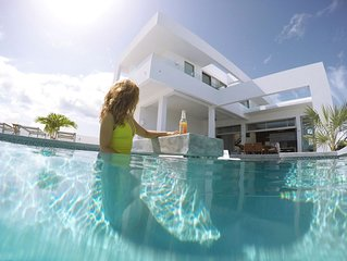 Luxurious and Spacy Villa for Your Romantic Getaway with Large Private Pool